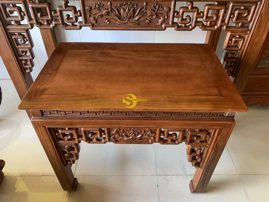 Bộ bàn thờ và bàn cúng gõ đỏ triện hoa sen 1,76m SD104 (Ảnh 5)