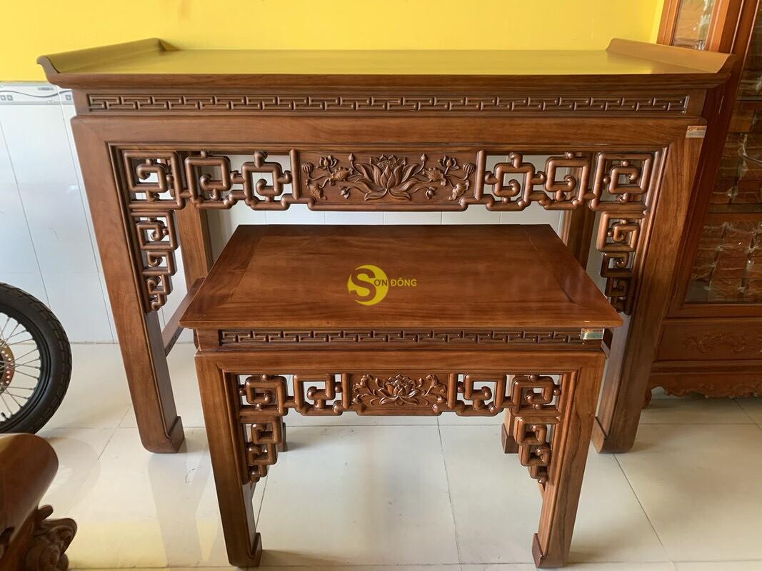 Bộ bàn thờ và bàn cúng gõ đỏ triện hoa sen 1,76m SD104 (Ảnh 3)