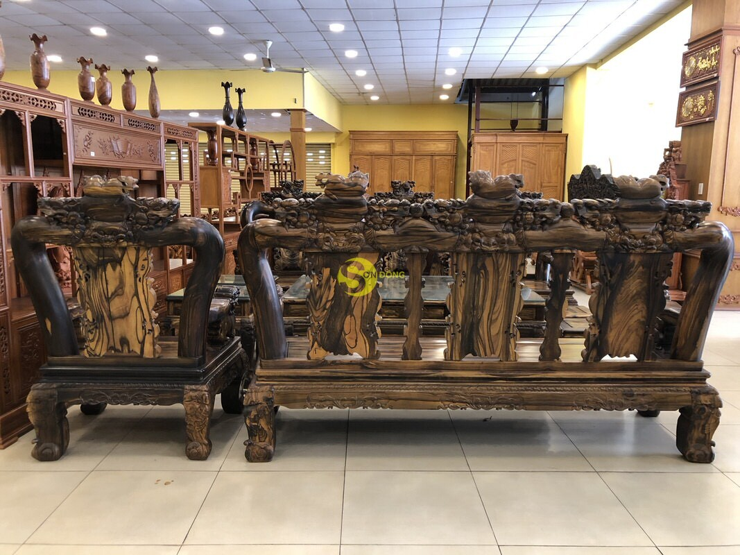 Bộ bàn ghế chạm kỳ lân gỗ mun tay 14 – BBG1501 (Ảnh 3)